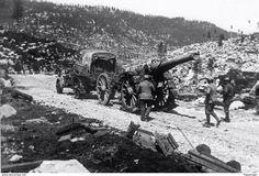 Soldati italiani con cannone da 155 francese