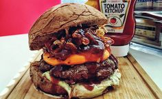 Burgers no Festival Nacional do Bacon - http://superchefs.com.br/burgers-no-festival-nacional-do-bacon/ - #Bacon, #Burger, #FestivalNacionalDoBacon, #Noticias, #ZéDoHamburger