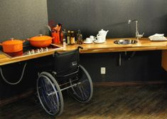 >>> See it. Believe it. Do it. Watch thousands of spinal cord injury videos at SPINALpedia.com Kitchen Reno, Diy Kitchen, Elderly Products, Handicap Accessible Home, Interior Design Tools, Eco Buildings, Small Space Kitchen, Senior Living, Home Hacks