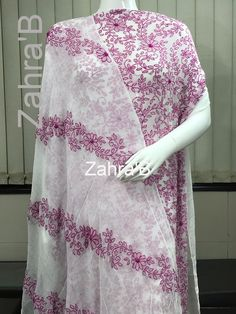 Hand Embroidery Videos, Indian Embroidery, Hand Embroidery Designs, Fabric Painting On Clothes, Painted Clothes, Buy Fabric Online, Mexican Designs, Indian Wear, Blouse Designs