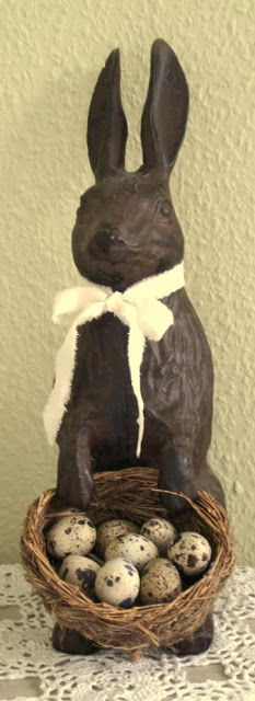 Spring Equinox: Vintage bunny with chocolate egg basket, for the Hoppy Easter, Easter Eggs, Chocolate Easter Bunny, Chocolate Rabbit, Pot Pourri, Easter Parade, Easter Holidays, Deco Table, Vintage Easter