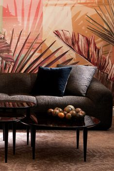 The High End Modern Sofa is a beautiful sumptuous statement design, offering outstanding style and comfort to any setting. Of notable contemporary style, this luxurious design makes a stunning focal point. Adding a touch of elegance and sophistication. World Of Interiors, Dark Interiors, Luxury Sofa, Luxury Furniture, Contemporary Furniture Stores, Contemporary Style, Stylish Beds, Interior Design Tips, Design Ideas