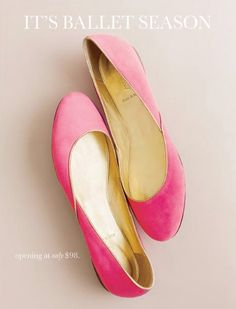 I'd like to have a pair of shoes like this one. :)