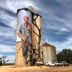 Your best photographs from around Australia - Your best photographs from around Australia Silo art tells story Murals Street Art, 3d Street Art, Street Art Graffiti, Street Artists, Graffiti Painting, Mural Painting, Mural Art, Graffiti Artists, Graffiti Images