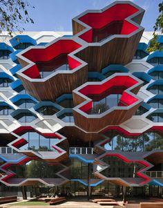 La Trobe Institute . Melburn . Australia