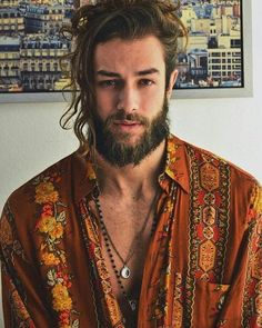 Daily dose of men's grooming tips and all beard styles full, short or trimmed and ideas about beard growth tips and products ( beard styles shape modern black men bald bart beardo barbe hair men grooming hipster skaeg mustache moustache) by Beard Styles For Men, Hair And Beard Styles, Curly Hair Styles, Beard Growth Tips, Hipster Noir, Cool Hairstyles For Men, Hairstyle Ideas, Boho Hairstyles, Bandana Hairstyles