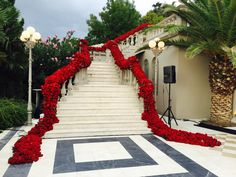Amazing floral wedding staircase made of red roses - Jeff Leatham Gallery
