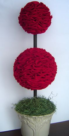 Simply Designing with Ashley: Simple Valentine's Day Décor: Felt Topiary Valentines Day Decorations, Valentine Day Crafts, Be My Valentine, Holiday Crafts, Christmas Decorations, Christmas Topiary, Porch Decorating, Decorating Ideas, Holiday Decorating