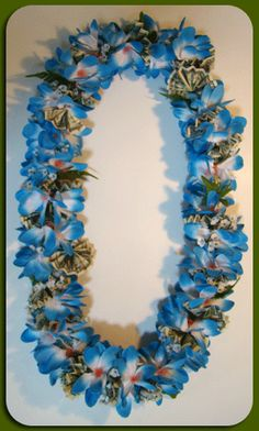 Beautiful Blue - Money Lei - Exotic Leis Graduation Crafts, Graduation Leis, Money Rose, Money Lei, Grad Gifts, Grad Parties, Tropical Flowers, Flower Photos, Fun Crafts