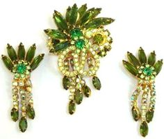 Fabulous vintage rhinestone jewelry!