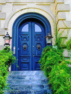 Ultramarine in Savannah GA Door Hinges, Door Knockers, Door Knobs, Open Door Policy, Cool Doors, Door Trims, Windows And Doors, Front Doors, House Entrance
