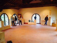 I locali dell'ex Mattatoio di Anghiari fanno da cornice alle opere dei Maestri Artigiani di Confartigianato