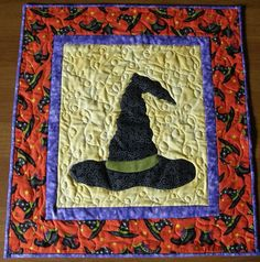 quilted halloween wall hangings | Quilted Wall Hanging Witches Hat Halloween Quilt by HollysHutch, $51 ...