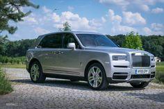 Rolls Royce Cullinan, Fancy Houses, Luxury Cars, Dream Cars, Super Cars, Mens Gear, Technology News, Check, Instagram