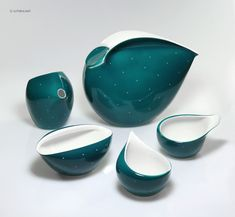 """coffee set """"Dorota"""" by Lubomir Tomaszewski Glass Ceramic, Ceramic Pottery, Ceramic Art, Pottery Workshop, Cafetiere, Modern Ceramics, Coffee Set, Ceramic Design, Porcelain Ceramics"""