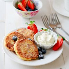 Farmers Cheese Breakfast Fritters {Sirniki}