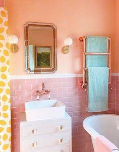 Old Southern Homes, Maximalist Interior, Pastel Home Decor, Pastel Room, Girl House, Bathroom Inspiration, Bathroom Inspo, Bathroom Styling, Amazing Bathrooms