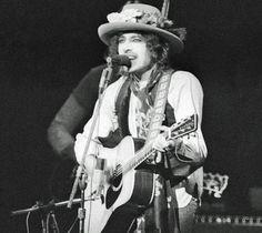 Bob Dylan - dec 8 -1975