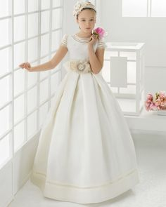 2016-Newest-first-communion-dresses-for-girls-Satin-Ball-Gown-Lace-Cheap-Flower-Girl-Dresses-for