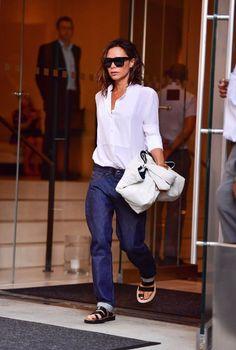 Prohlédněte si nejlepší outfity Victorie Beckham bez podpatků