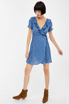 Spandex, Shirt Dress, Trends, Shorts, Collection, Dresses, Fashion, Man Women, Ruffle Dress