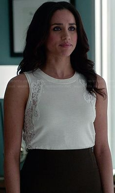 Rachel's white top with lace sides on Suits. Outfit Details: http://wornontv.net/33835/ #Suits
