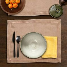 Dante Placemat and Napkin Set comes in sets of 2 - Set includes Placemat and Napkin woven in France Placemats = 38 x 50 cm Napkin = 40 x 40 cm Bath Table, French Fabric, Napkins Set, Bed Covers, Table Linens, Linen Bedding, Luxury Homes, Gold Table, Tablecloths