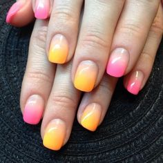 Candy-like ombre gradient nails for spring by @nailsbycharlott