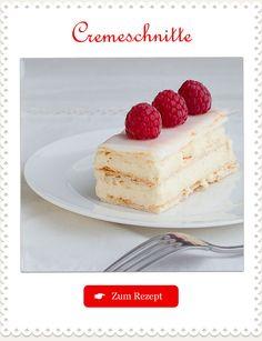 Monatsrezept Nr. 27: Cremeschnitte - wahrscheinlich die beliebteste Schweizer #Patisserie! #Rezept #Backen Chef Recipes, Recipies, Plated Desserts, Bakery, Cheesecake, Deserts, Food And Drink, Sweets, Dishes