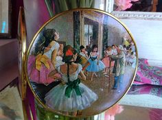Vintage Makeup Mirror Compact with Dancer/Theatre Theme by HUEisit