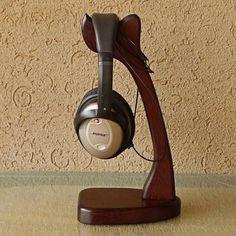 Hoy con el 25% de descuento. Llévalo por solo $58,900.Merbau de madera sólida del soporte Soporte para auriculares de los auriculares.