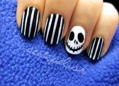 Tim Burton Style nail art for Halloween!