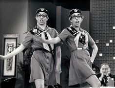 Carol Burnett and Vicki Lawrence on The Carol Burnett Show