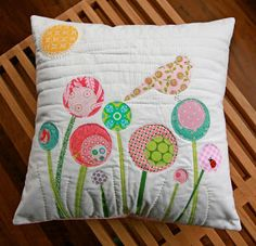 Michelle Mercer: put a bird on it [Michelle does does some cute quilting with multiple rows on this %pillow, cute]