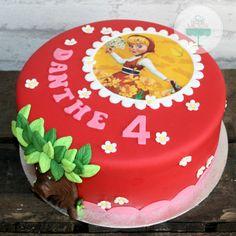 Sprookjesboom taart met roodkapje