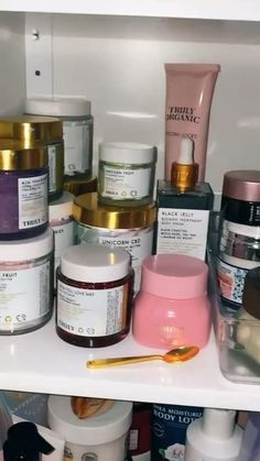 Beauty Care, Beauty Skin, Glow Up Tips, Shower Routine, Skin Care Tools, Skin Care Treatments, Smell Good, Beauty Routines, Natural Skin Care