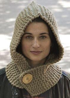 ¡Prueba una versión del clásico cuello con capucha! Baby Knitting Patterns, Loom Knitting, Knitted Headband, Knitted Hats, Crochet Hood, Head Wrap Scarf, Hooded Scarf, Crochet Blocks, Knitting For Beginners