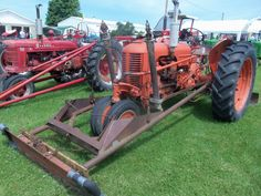 Case DC tractor with loader