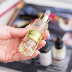 Najlepsze serum do twarzy z kwasem migdałowym! Więcej poczytacie o nim na blogu 😊 #bielenda#serum#kwasmigdalowy#naturalcare#bblog