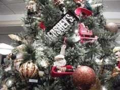 Hershey Chocolate Tree Up close. You can almost taste it ! Chocolate Tree, Hershey Chocolate, Leukemia And Lymphoma Society, Christmas Wreaths, Christmas Tree, Trees, Holiday Decor, Teal Christmas Tree, Tree Structure
