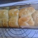 Bollos suizos caseros - Fácil Bread, Food, Beer Batter Recipe, Sponge Cake Recipes, Cake Recipes, Sweets, Brot, Essen, Baking