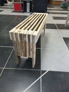 Banc en bois de palette recyclé