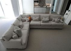 Exceptionnel Moss Studio Sectional