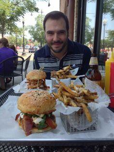 Leadbelly, Chicago, IL | Restaurant Reviews, Menus, and Photos | Nara.me Cheeseburger Paradise, Irving Park, Chicago Illinois, Nara, Hamburger, Menu, Restaurant, Ethnic Recipes, Photos