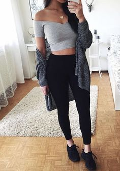 Best Outfit Styles For Women - Fashion Trends Teenage Outfits, College Outfits, Outfits For Teens, Look Fashion, Teen Fashion, Fashion Outfits, Womens Fashion, Simple Outfits, Trendy Outfits