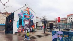 Colourful Street art everywhere in Brunnenmarkt / Yppenplatz. Would fly right back there just to taste tha delicious Turkish street food and taste even more kinds of (very) special mature cheeses Street Food, Street Art, Street View, Vienna, Street Photography, Explore, Travel, Color, Instagram