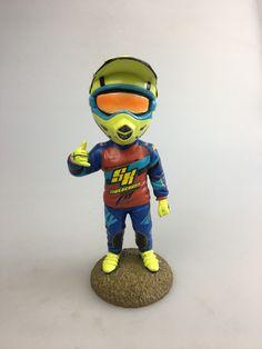This little Supercross BMX Bobble Head is so cool! Trophy Shelf, Bmx Racing, Bmx Freestyle, Bmx Bikes, World Of Sports, Bobble Head, Motocross, Mountain Biking, Hanging Out