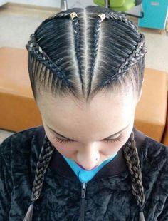 Ideas for hair cuts long hairdresser Grease Hairstyles, Kids Braided Hairstyles, Easy Hairstyles For Long Hair, Teen Hairstyles, Long Hair Dos, Long Hair Styles, Wavy Lob Haircut, Blonde Balayage Honey, Up Hairdos