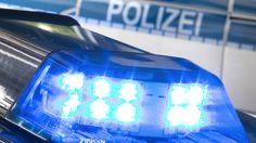 Nach einem Überfall auf ein Haushaltswarengeschäft in der Lindwurmstraße gelang dem jugendlichen Täter die Flucht.