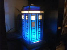 Doctor Who TARDIS Stained Glass Lamp. . . . I WANT!